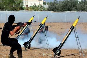 سقوط صاروخ جراد من غزة على مدينة عسقلان جنوبي إسرائيل