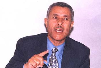 العرموطي ينتقد عدم موافقة الحكومة على تمديد إقامة مشعل في الأردن