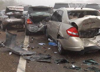 وفاة شاب بمنطقة غور الصافي و 8 إصابات بحادث تصادم في علان