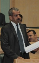 الحجوج : يسأل الحكومة عن عطاء محطة الغاز المسال في محافظة العقبة