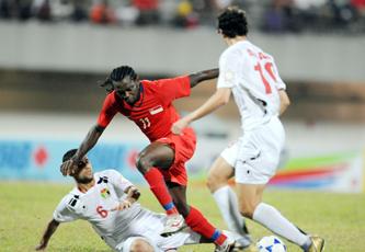 الاتحاد الآسيوي يناقش تقرير مراقب مباراة منتخبنا وسنغافورة