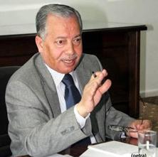 وزير الداخلية: حسم الملامح النهائية لمشروع اللامركزية قريبا