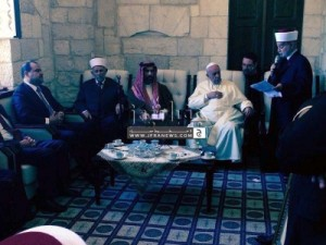 الأمير غازي يستقبل البابا في القدس ويحيي ذكرى الاسراء والمعراج في الاقصى
