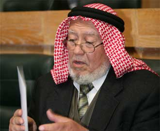 احتجاجا على رفض الحكومة الإجابة على أسئلتهم..نواب الإخوان يهددون باللجوء للقضاء