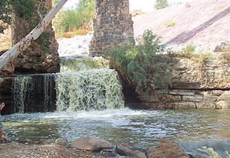 ارتفاع مستوى تلوث نهر الأردن بسبب ضخ مياه إسرائيلية عادمة