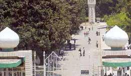 والده يدعو رئيس الوزراء للتدخل..رجال امن يعتدون بالضرب على احد طلاب الجامعة الأردنية