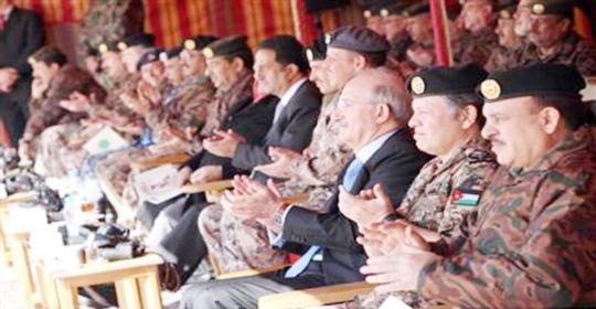 الملك يرعى احتفالات القوات المسلحة بعيد ميلاده وتسلمه سلطاته الدستورية