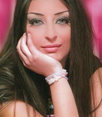 شقيقة هيفاء وهبي تكشف فضائح جديدة عن المطربة اللبنانية