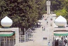 """طالبان مفصولان يعتديان على رجل أمن جامعي في """"الأردنية"""""""