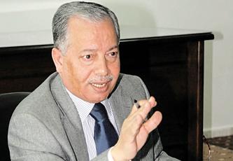 """إحالة الحكام الإداريين في """"الداخلية"""" للتقاعد بغتة..أهداف غير معلنة تسبقها الإشاعات؟"""