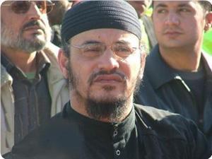 """أبو عبير يؤكد إصابة الجندي المأسور """"شاليط""""..و ما أعلنته """"حماس"""" ليس فبركة إعلامية"""